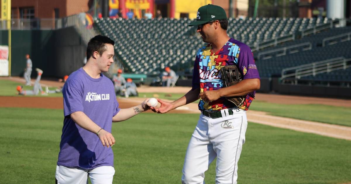 Gary SouthShore RailCats partner with AccessAbilities and INFEAT for Autism Sensory Game