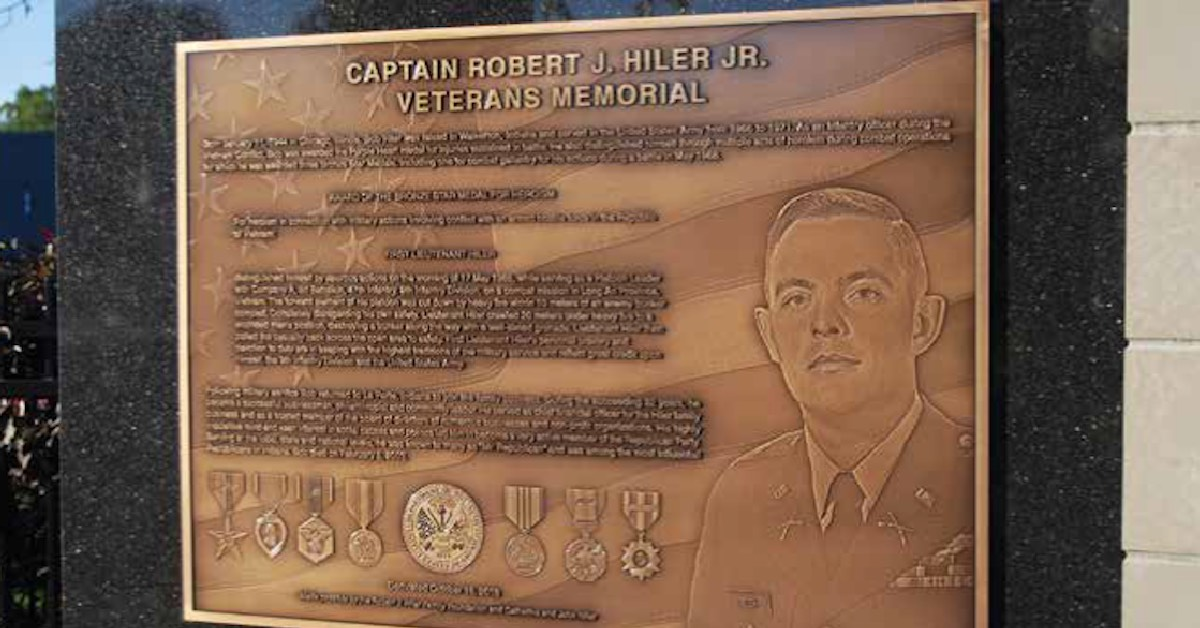Center for Hospice Care's Veterans Memorial rededicated as the Robert J. Hiler Jr. Veterans Memorial