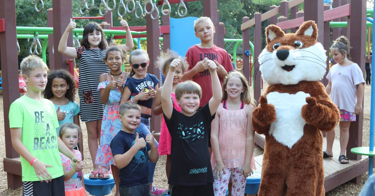 Residents Celebrate the Refreshed Fort La Play Porte
