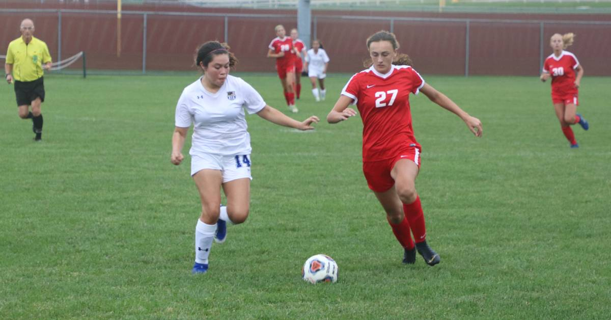Crown Point Bulldogs take down Lake Central Indians in the first game of the season