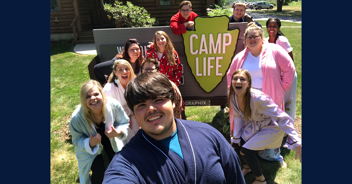 Gone Viral: Bathrobe Student Talks Fame and Fun at Camp Life