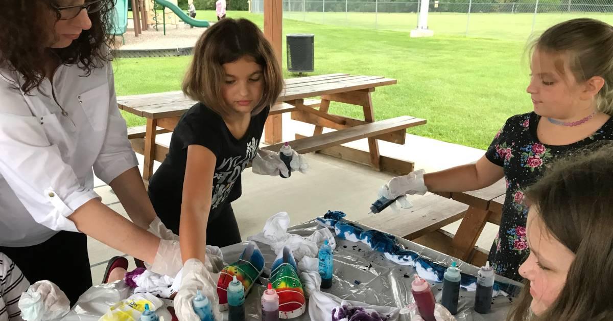 Haven Hollow Park hosts children's Crafts and Cookies program