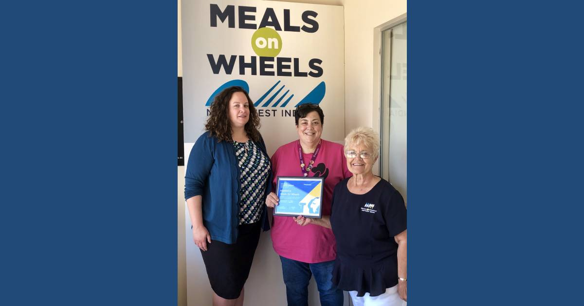 MEALS ON WHEELS NW INDIANA RECEIVES WORLD HUMANITARIAN DAY AWARD