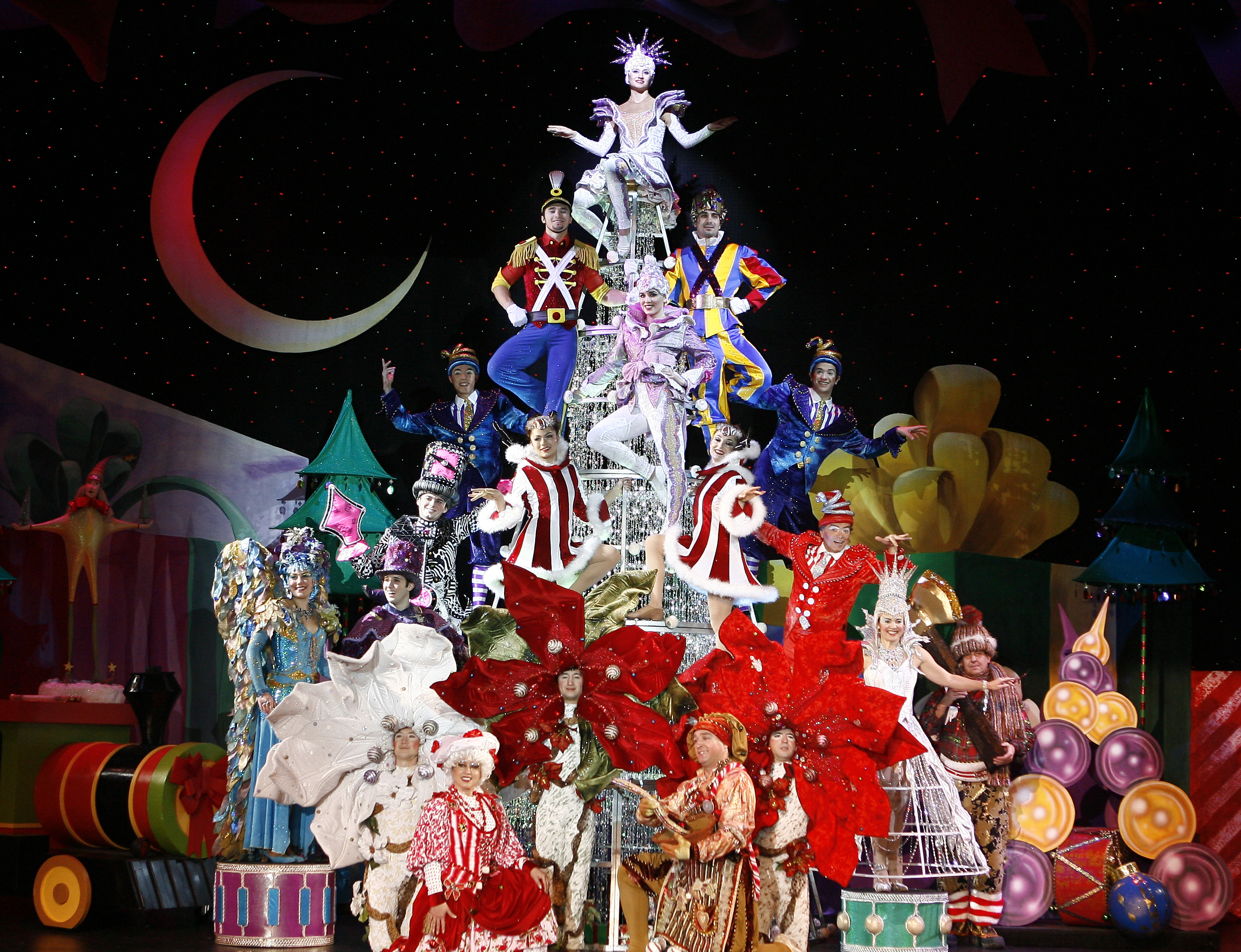 CIRQUE DREAMS HOLIDAZE -AN	ICONIC FAMILY HOLIDAY SPECTACULAR – COMES TO FOUR WINDS NEW BUFFALO'S SILVER CREEK EVENT CENTER ON DECEMBER 14 AND 15