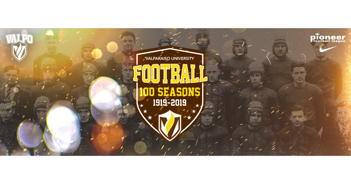 Valpo Football celebrates 100 years of history with honors and festivities
