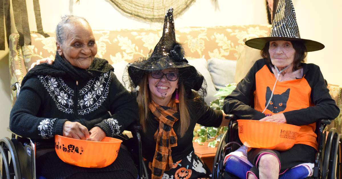 Addison Pointe Health and Rehabilitation Center welcomes community for annual trunk or treat