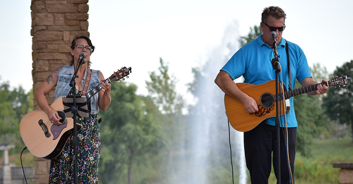 Residences at Coffee Creek 2nd annual Coffee & a Concert brings together the Chesterton community