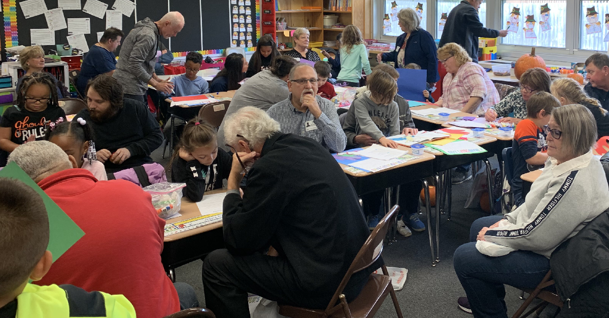 Myers Elementary welcomes grandparents