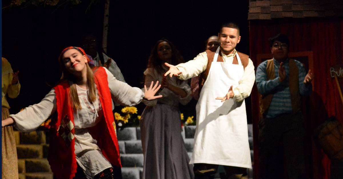 #1StudentNWI: Bishop Noll wraps up fall play, gets ready for Christmas