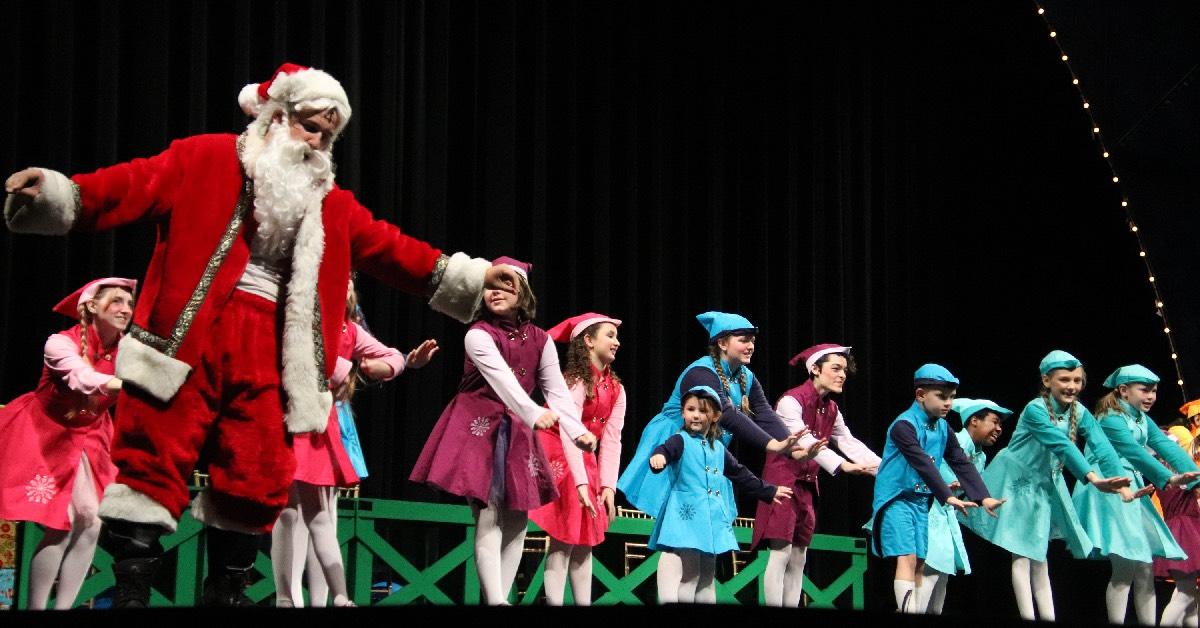 "Hobart High School brings holiday spirit with ""Elf"" Musical"