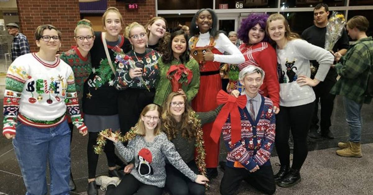 #1StudentNWI Hobart High School: Elf the Musical and Thanksgiving Break