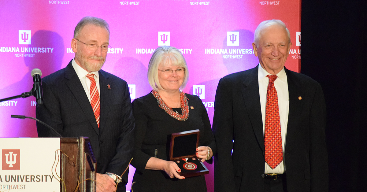 IU Northwest celebrates students, friends, and faculty at annual Chancellor's Medallion