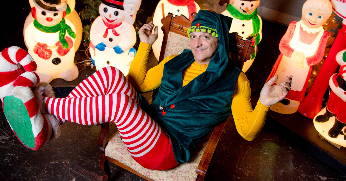 Chicago Street Theater presents naughty & nice double holiday feature!