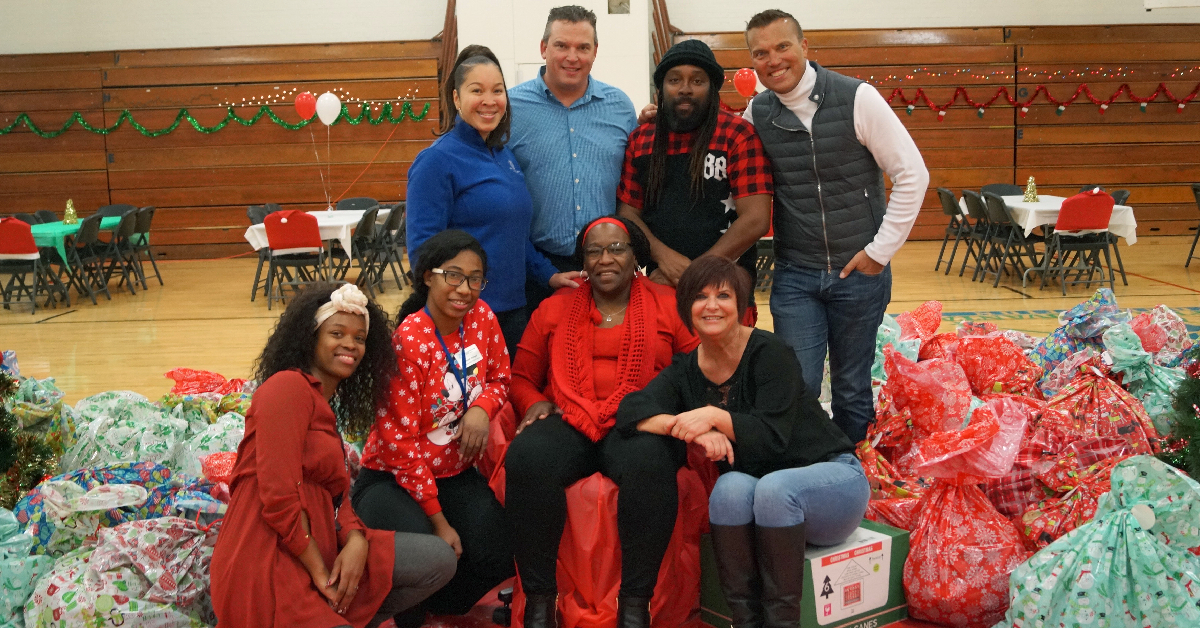 Boys & Girls Clubs of Greater Northwest Indiana Partners with local businesses to provide holiday meals to region families