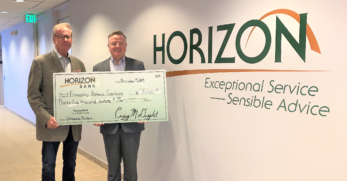 Friendship Gardens accepts awards from Horizon Bank