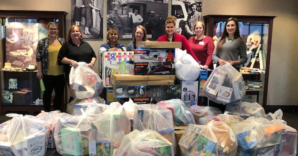 NIPSCO's Hope for the Holidays campaign provides funds and toys to area organizations
