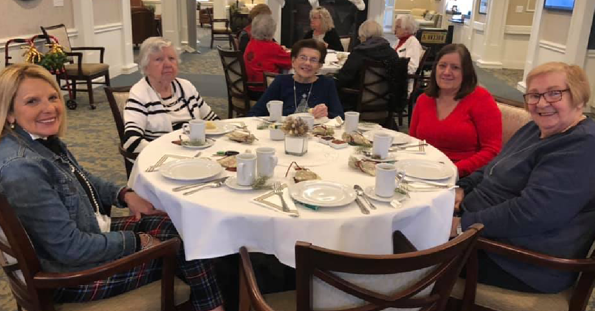 Residences at Coffee Creek hosts holiday resident Christmas tea