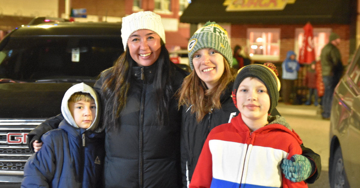Winamac kicks off Christmas with Winter Wonderland lighted parade