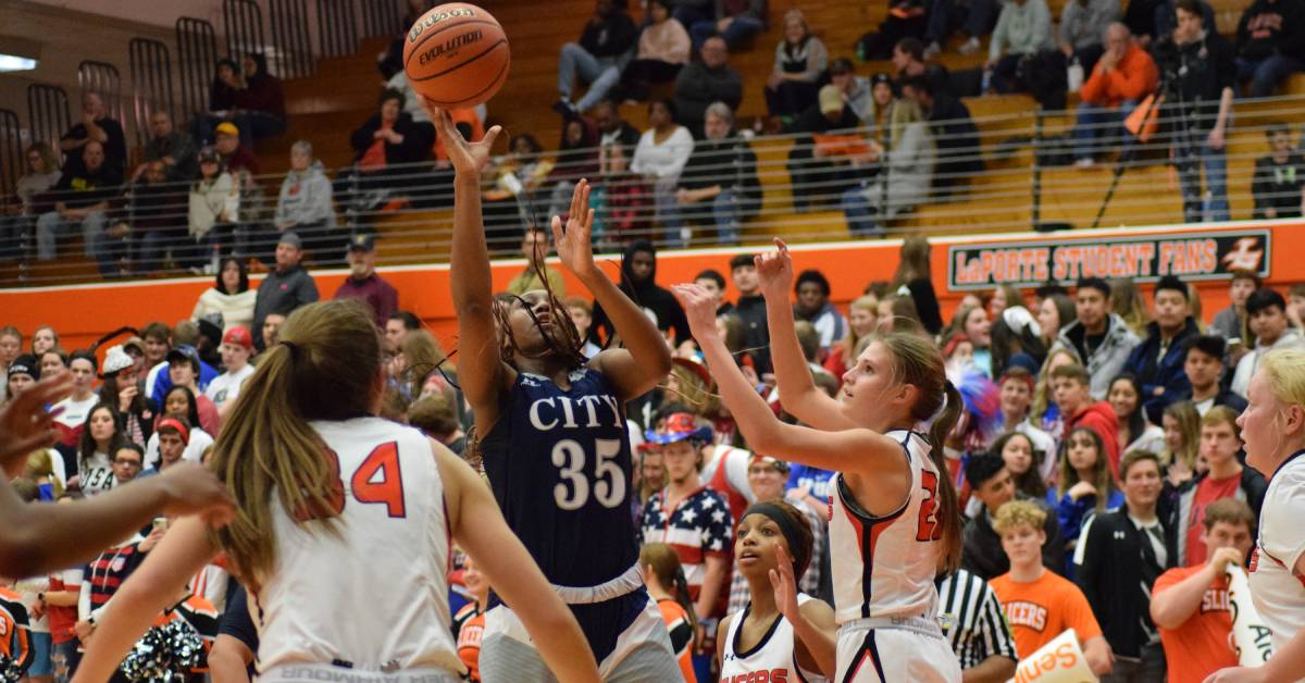 Michigan City vs La Porte rivalry draws full house for the double-header