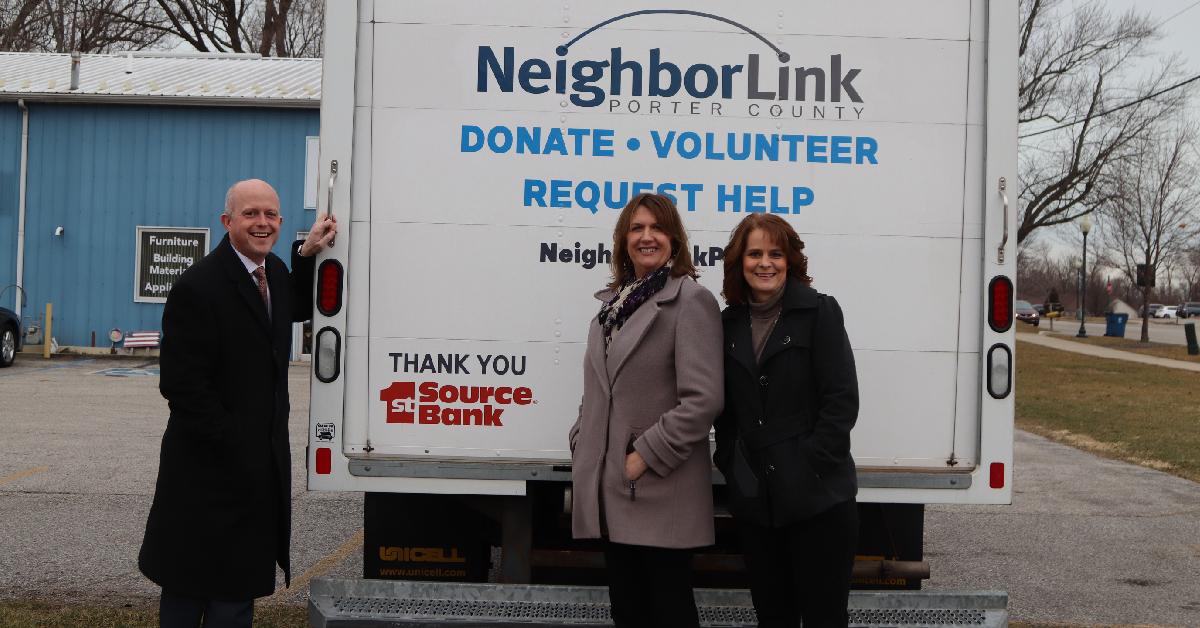 1st Source Bank Awards NeighborLink Porter County Grant Funding for Lift Truck