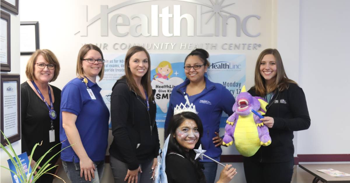 HealthLinc gives kids healthy smiles during special outreach event