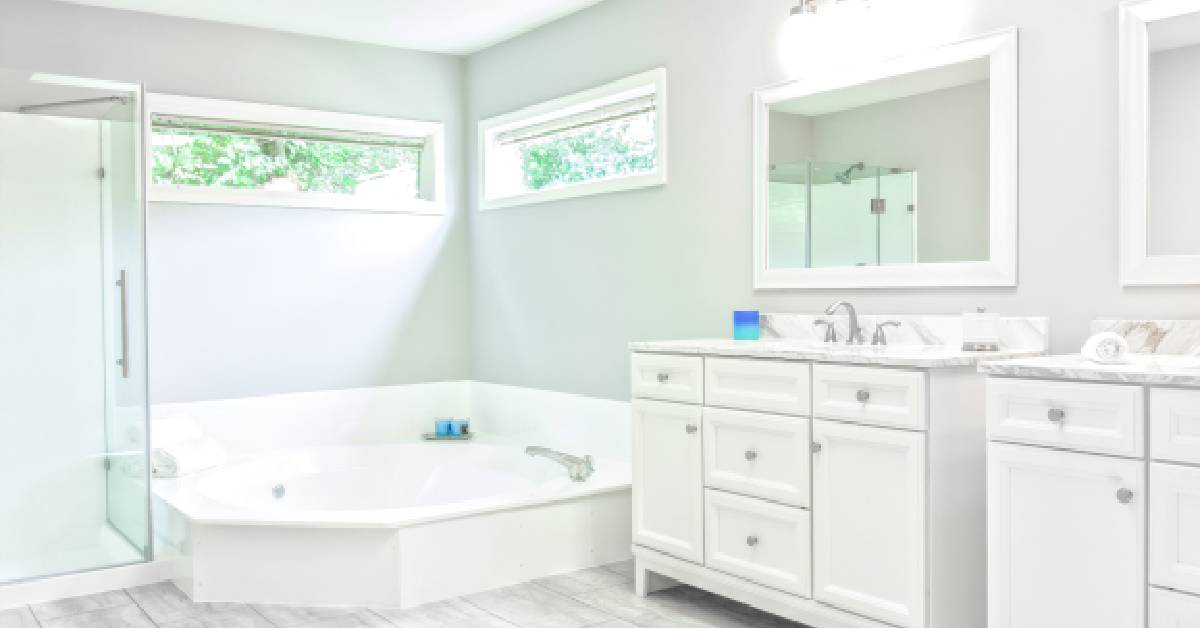 5 secrets to a super clean bathroom