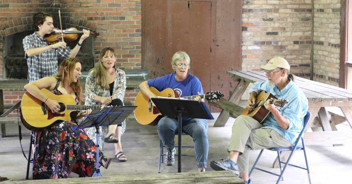 NIETF Park Plays Summer 2020 hosts a night of music with Wildwood Flowers