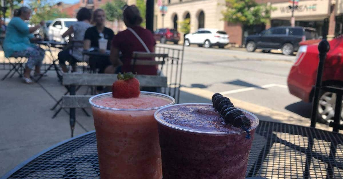Outdoor dining offers ambiance, safety in the Region