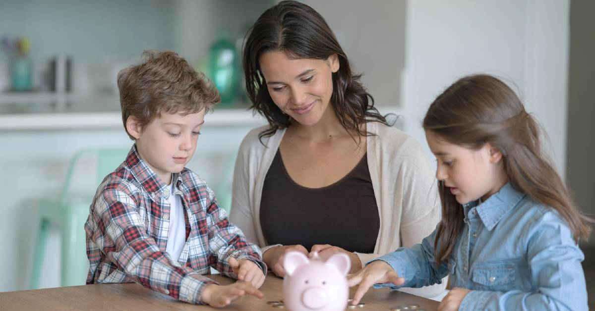 Timing is key: TCU helps parents teach their kids about finance