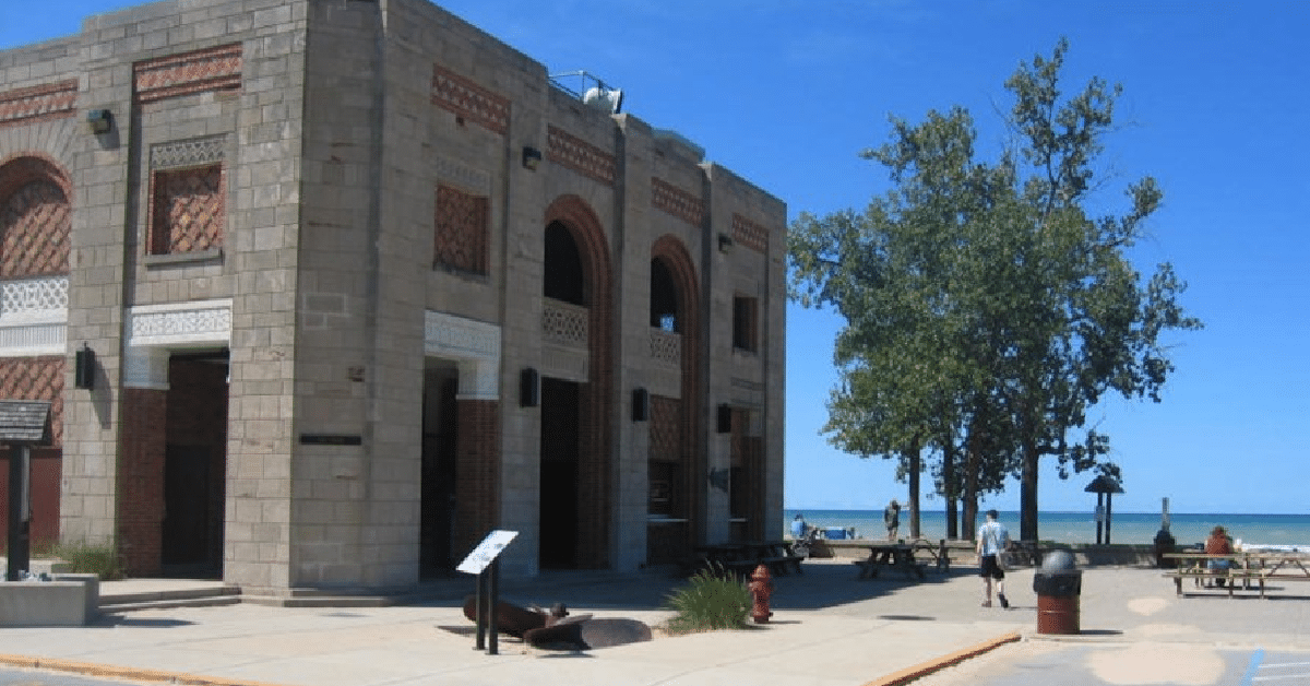 Indiana Dunes State Park beach clean up