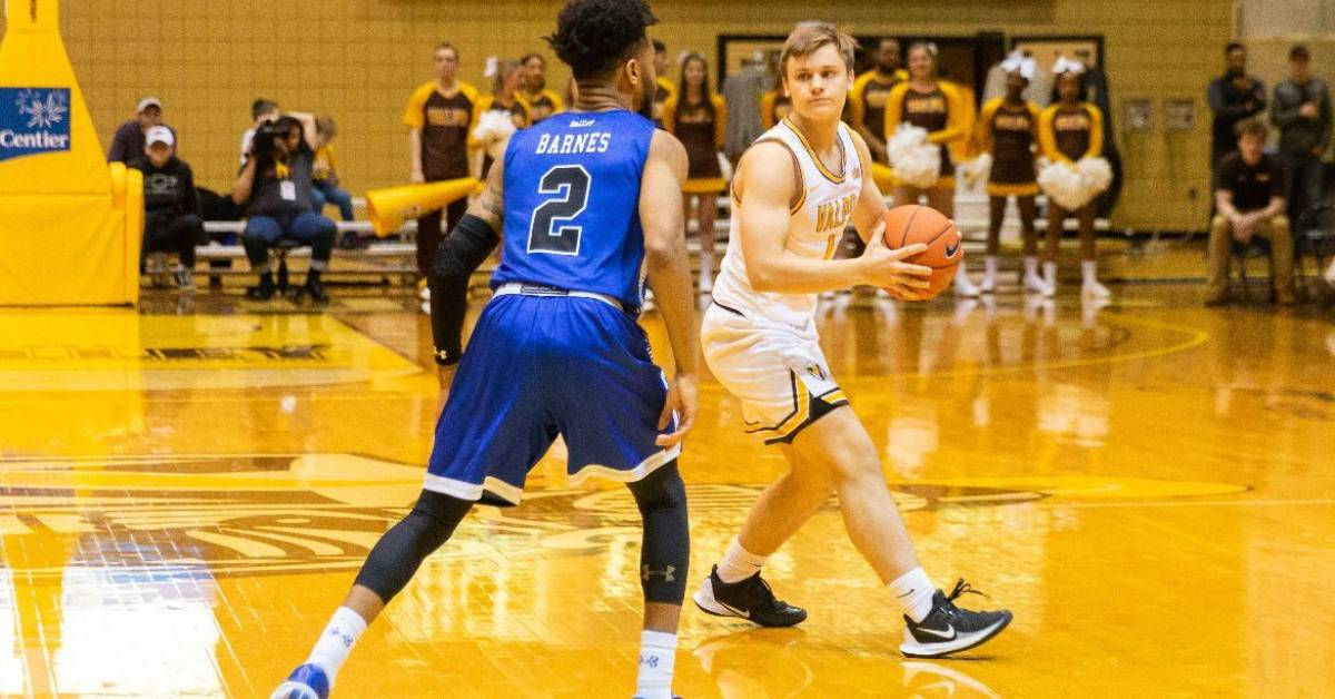 Sigurd Lorange finds home away from home at Valpo