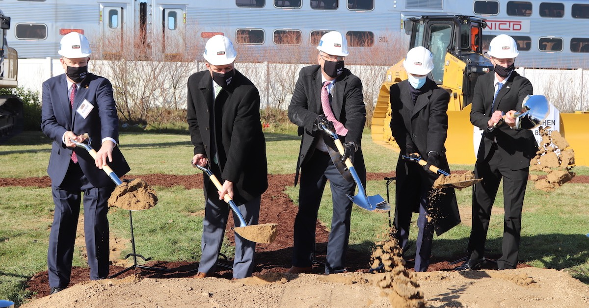 Governor Holcomb breaks ground on the West Lake expansion of the South Shore Rail Line