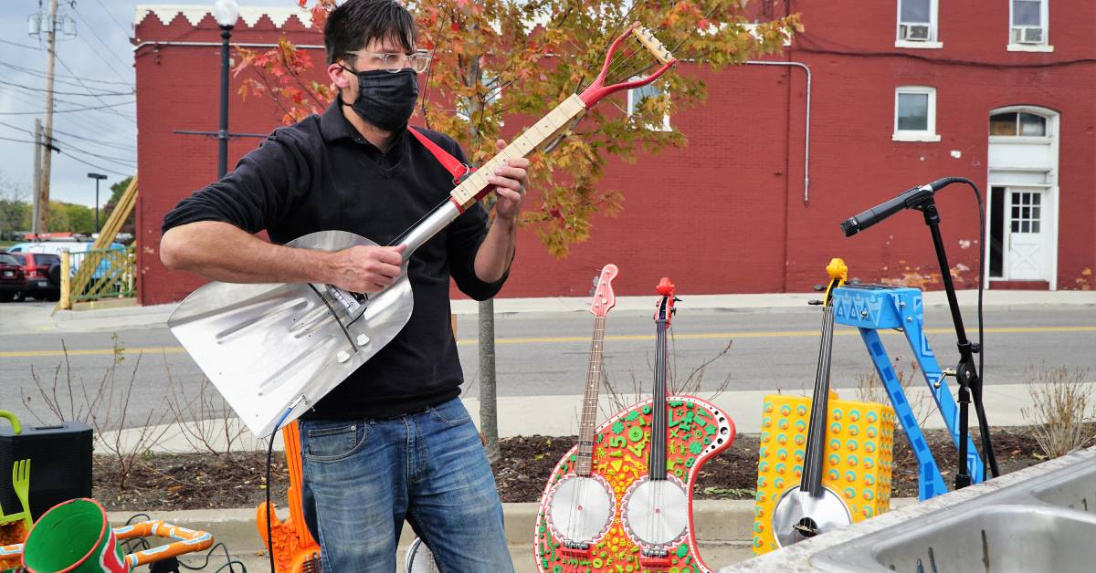 Indiana University Northwest School of the Arts takes art on the road with Region pop-up labs