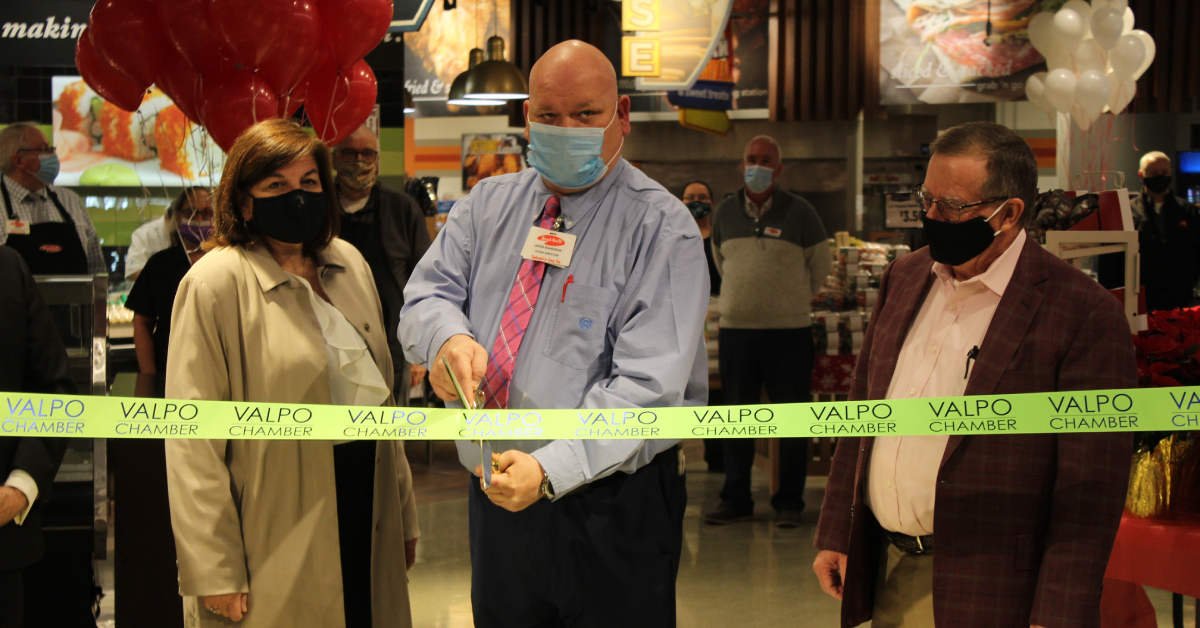 Strack & Van Til of Valparaiso on U.S. 30 celebrates Grand Re-Opening following extensive remodeling