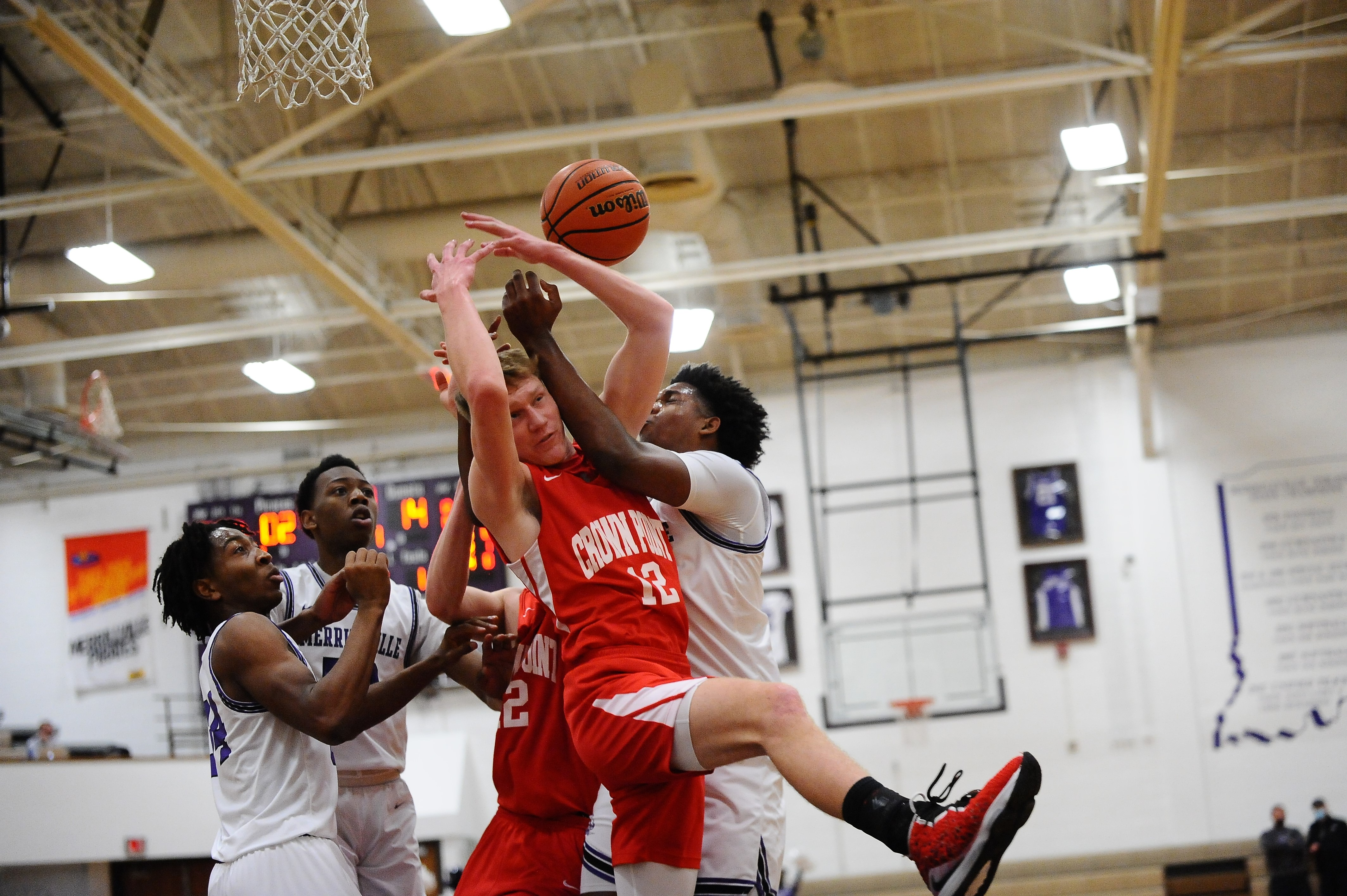 Crown Point Bulldogs take down Merrillville Pirates 67-53 In conference play