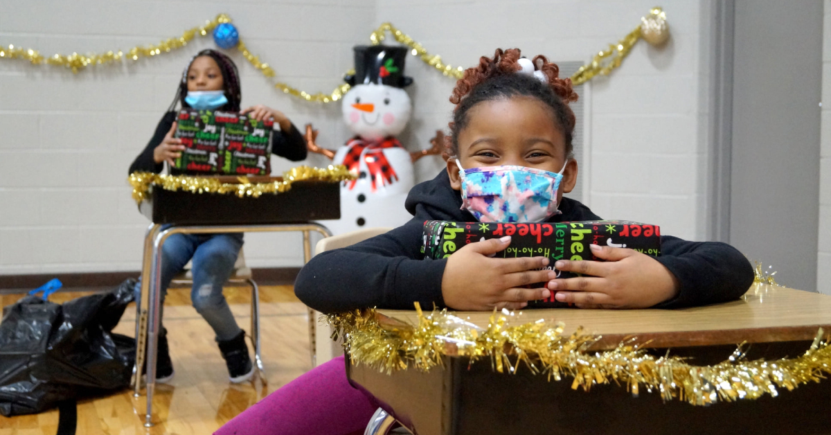 """Boys & Girls Clubs of Greater Northwest Indiana makes wishes come true with """"Christmas to Remember"""""""