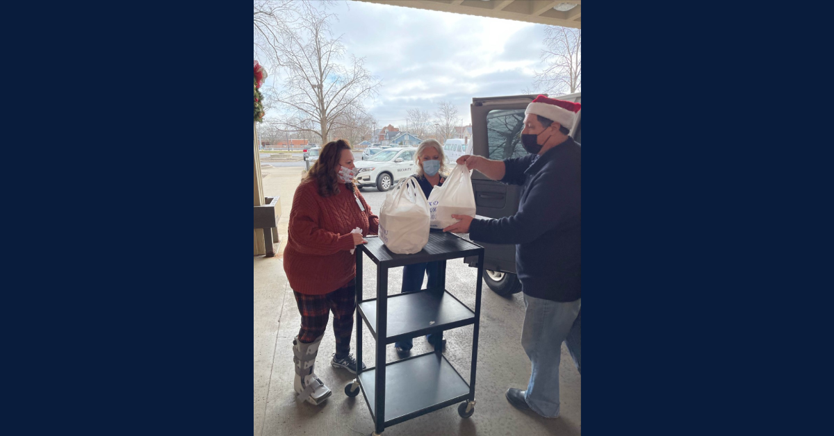 Rotary provides Christmas Meals