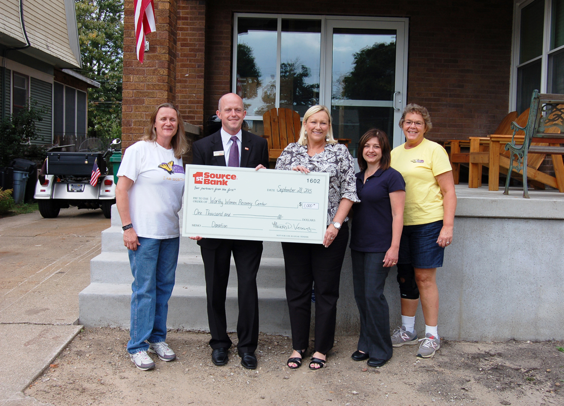 1st-Source-Donates-1000-to-Worthy-Women-Recovery-Center