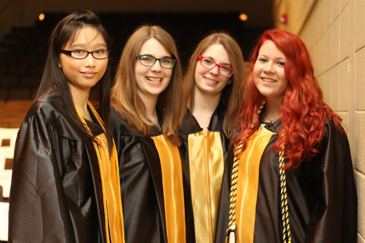 2015-graduation-griffith