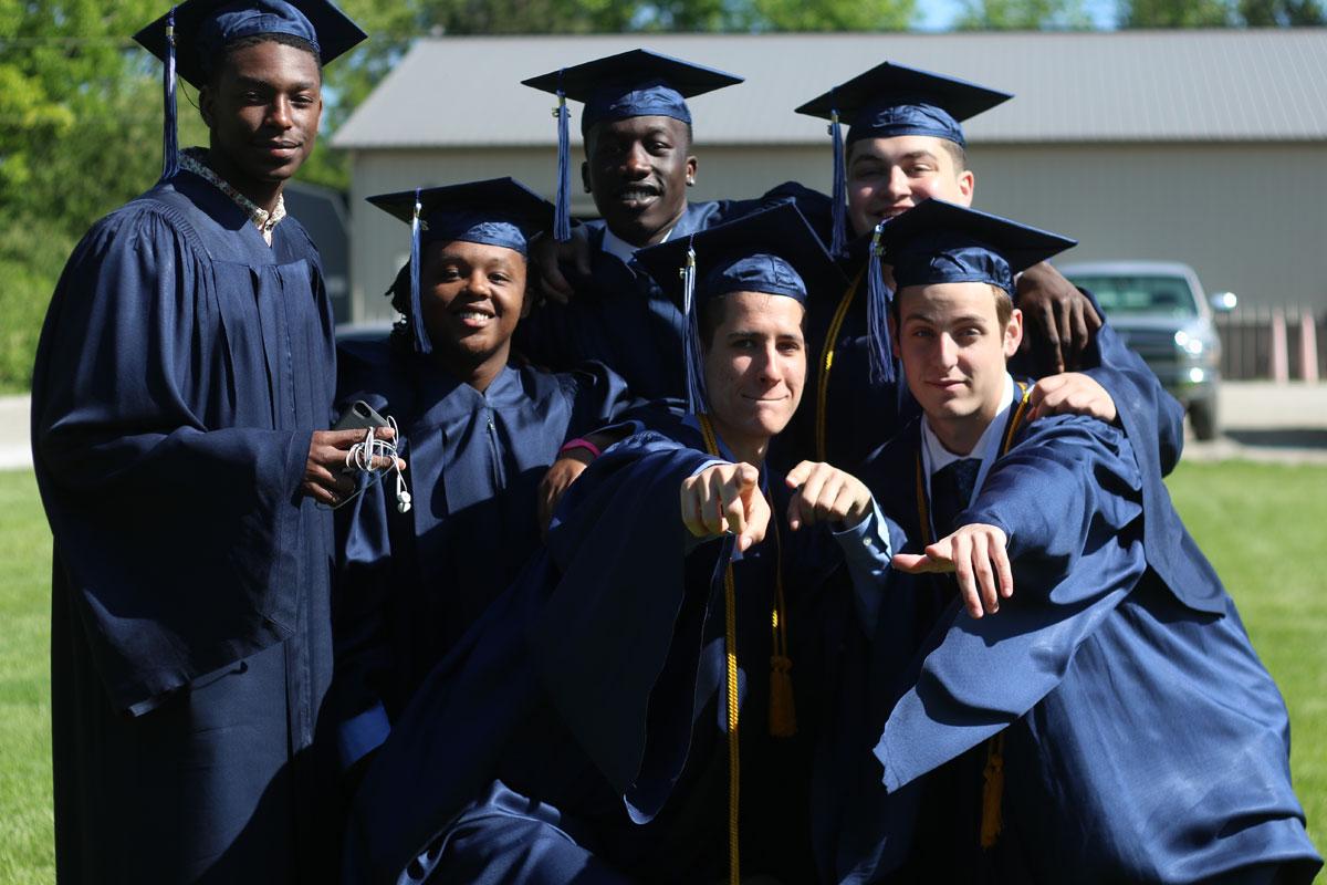 2015-graduation-la-lumiere