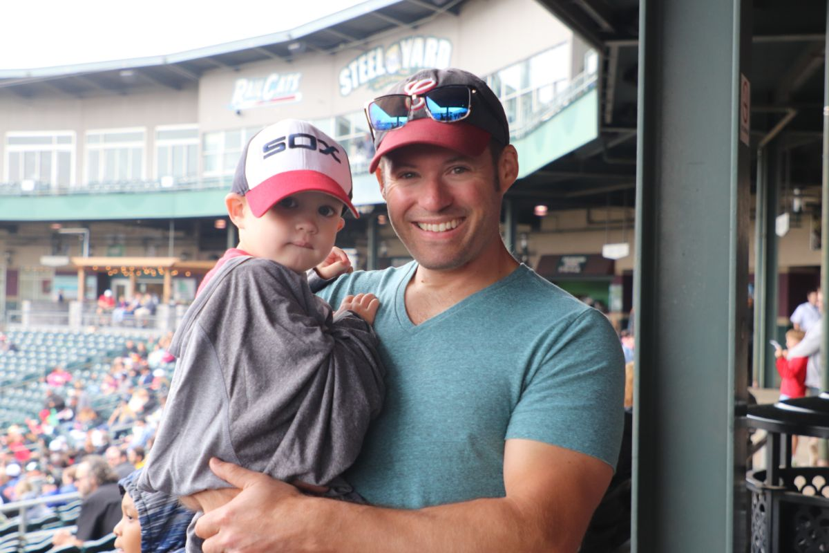 5CELEBRATE-DAD-WITH-A-SPECIAL-ON-THE-FIELD-FATHER'S-DAY-BRUNCH-2019