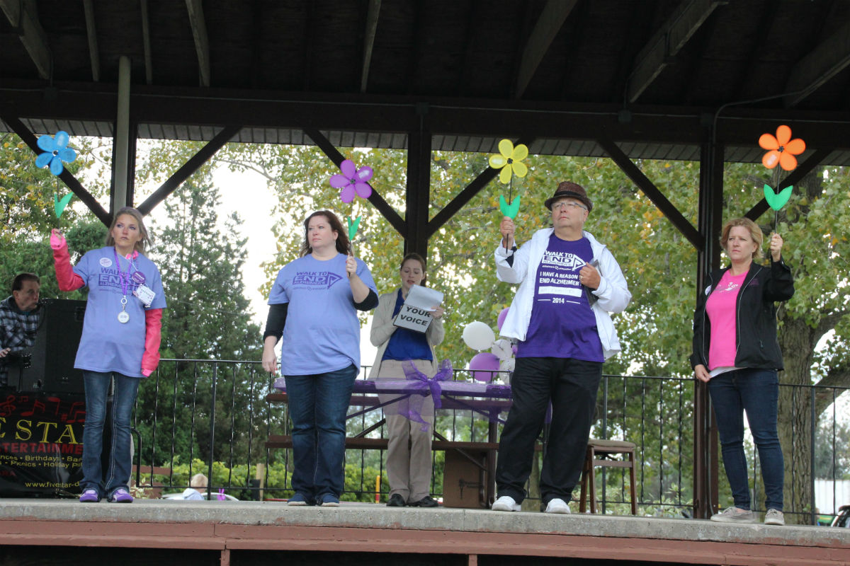2014 Walk to End Alzheimer's Supports Those Affected by The Disease