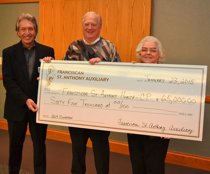 Auxiliary-Gives-65000-to-Franciscan-St-Anthony-Health-Receives-Gratitude