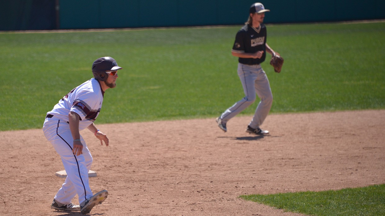 CCSJ-Wave-Keeps-Rolling-With-Three-Game-Sweep-Of-Trojans