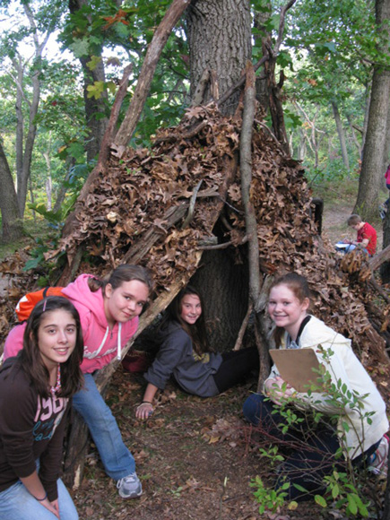 CMS-Students-build-shelters
