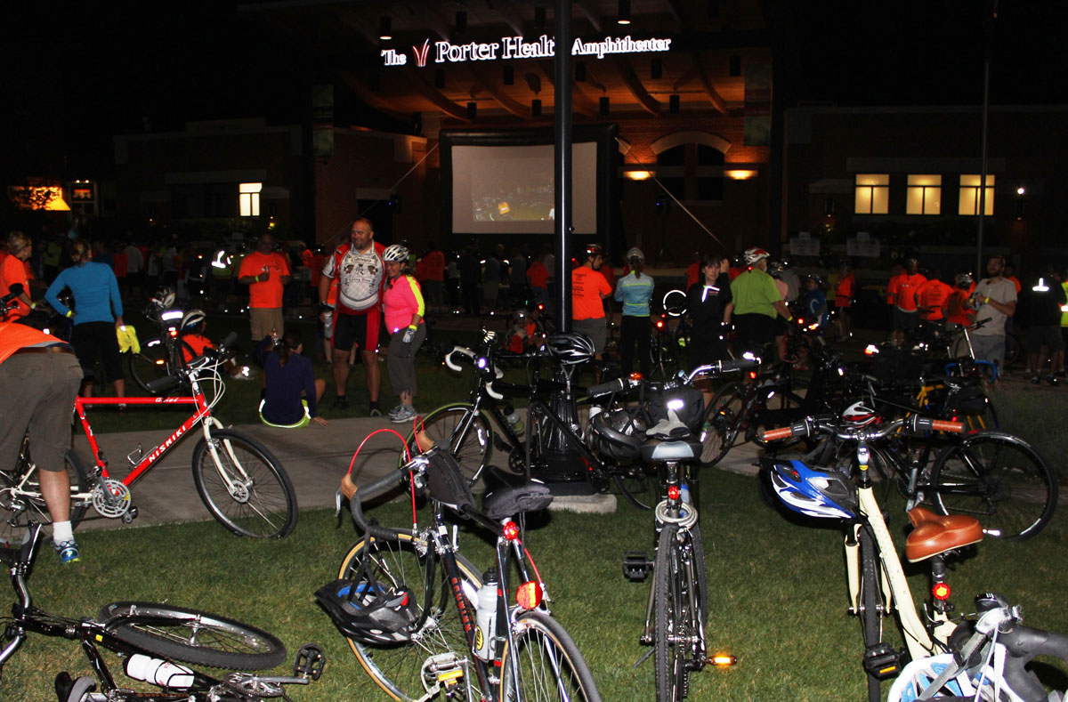 CPP-stop-of-the-amphitheater-and-bike