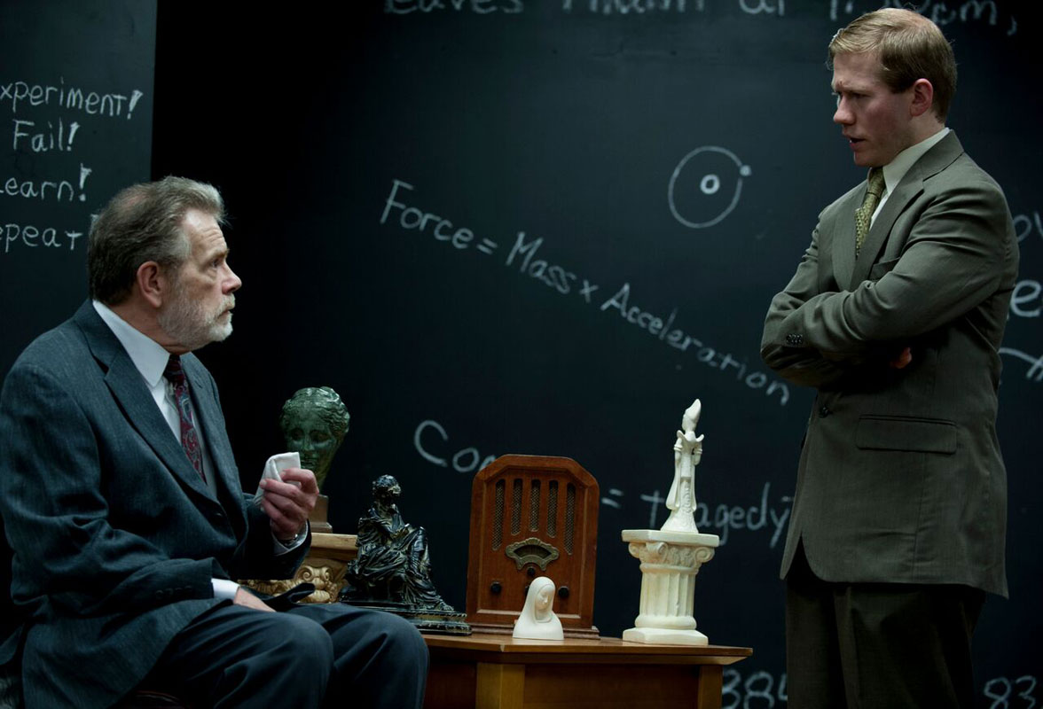 """The Analyst is In as """"Freud's Last Session"""" Comes to Crown Point Community Theatre"""