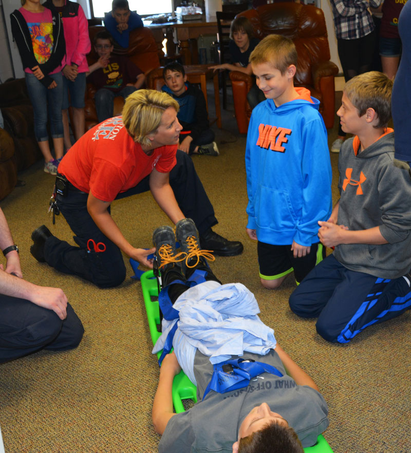 Liberty Intermediate 6th Graders Participate in 2015 Day of Caring