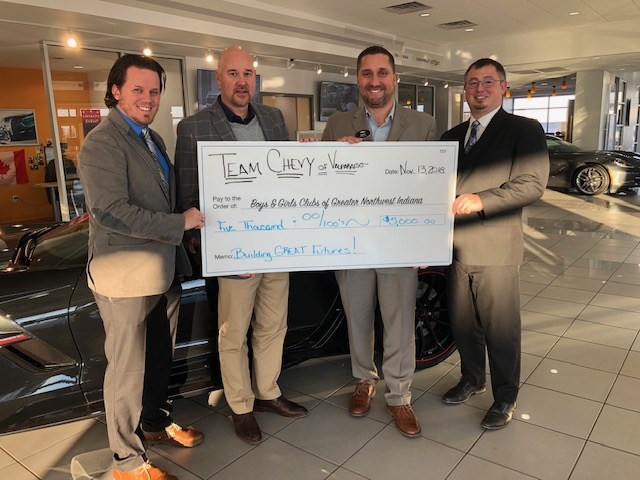 Dealership-Gifts-5000-to-Boys-Girls-Clubs-of-Greater-Northwest-Indiana