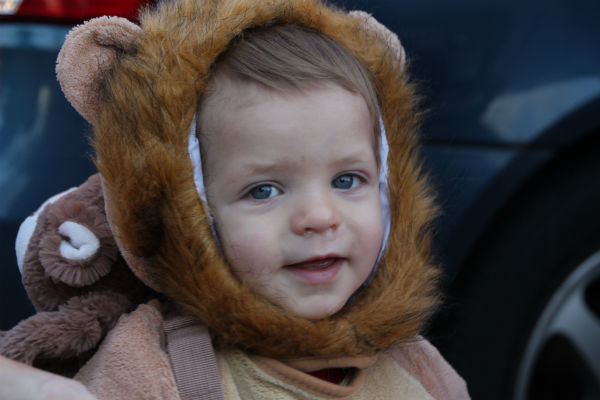 Downtown-Trick-or-Treat-Valpo-2012-2